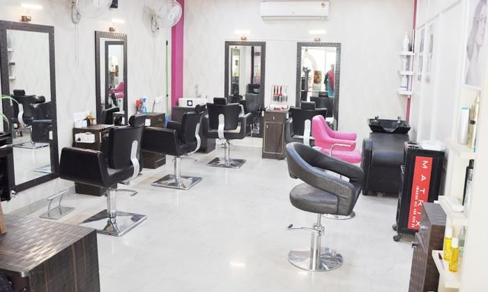 Salon Services, Hair Straightening/Smoothening at People 2 Unisex Salon Save Rs.231 Deals for only Rs.199 instead of Rs.430